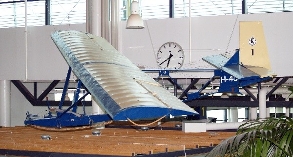 H-45 at Tampere airport entrance hall